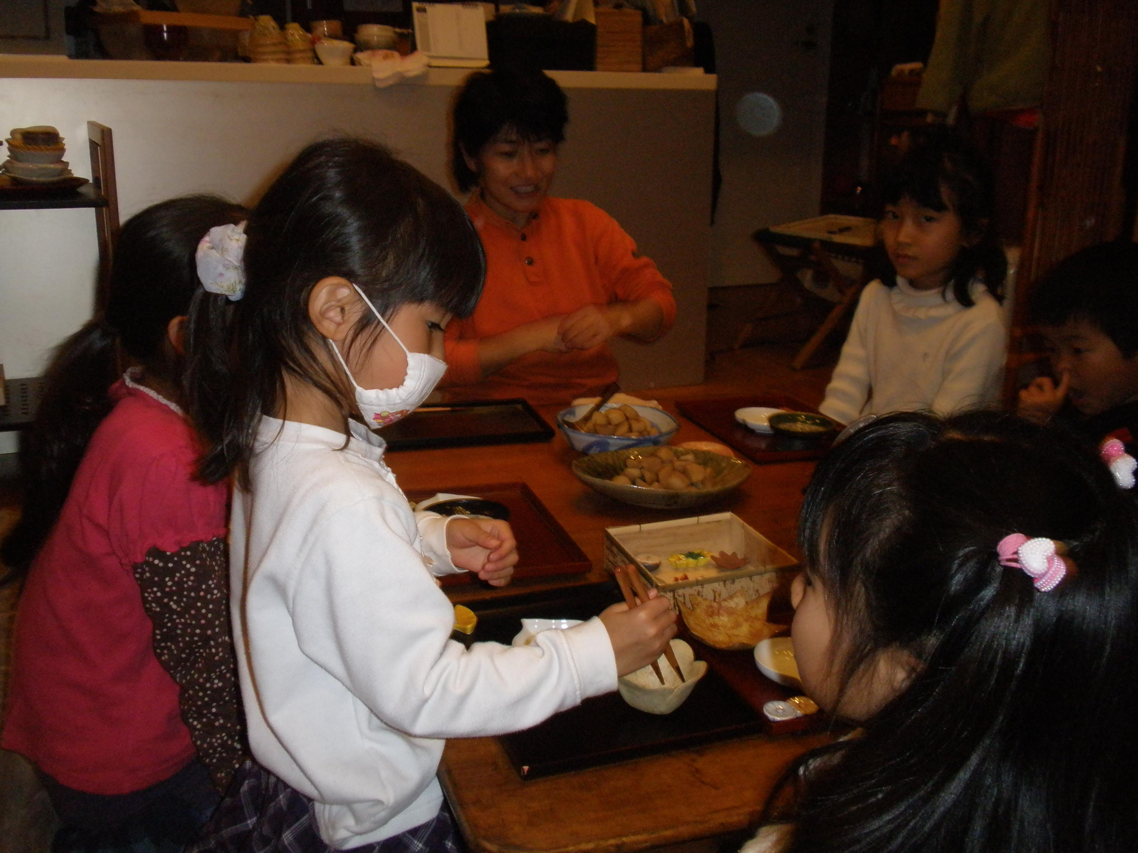 『子供のための和食器とお箸のお話①と、煮物の味くらべ』