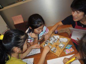 砂糖の味比べと和三盆糖でお干菓子作り・小学生の食育教室