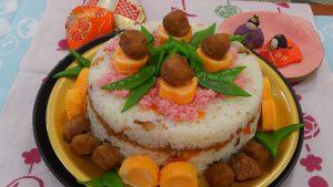 ひな祭り寿司ケーキ親子教室の出張講師をしてきました♪